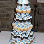 00 - a a Falling Hydrangea cupcake tower