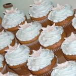 001 Snowflake Cupcakes