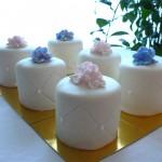 004 Flower mini cakes