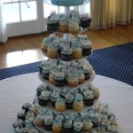 00a - Daisy cupcake tower